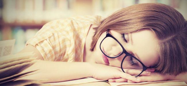 Спрете да се борите с тези здравословни проблеми с лесна смяна на позата ви по време на сън