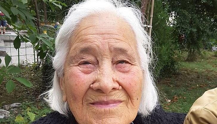 95-годишната баба Бонка написа писмо на Борисов