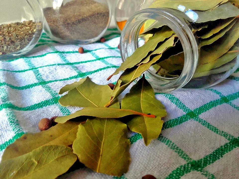 Нещата, които се случват, когато запалиш дафинов лист у дома