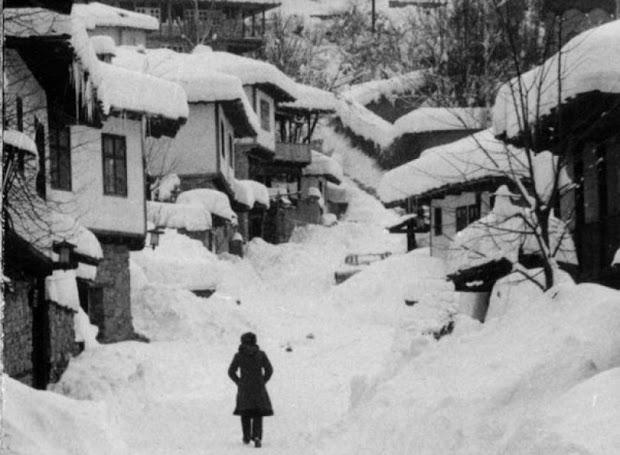 Ако си живял по времето на соца в НРБ,този текст е за теб! Зимата през моето детство ~ България в снимки от миналото