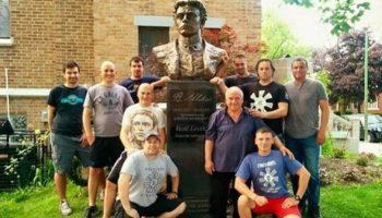 Поклон! Българи патриоти издигнаха паметник на Васил Левски в Чикаго!
