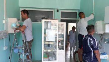Роми дариха материали и обновиха с доброволен труд детското отделение на болницата(СНИМКИ)