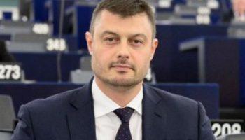 Бареков: Кметската заплата не стига и за една гума на джипа