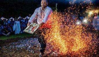 Нестинарят Иван Георгиев: Прабаба ми е изгоряла жива, докато танцува