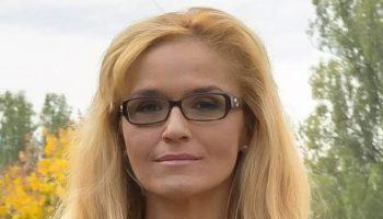 Десислава Иванчева също влиза в битката за кмет на София