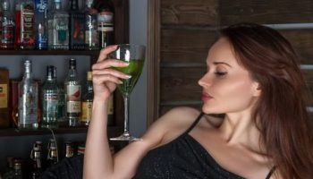 Пълният отказ от алкохола води до деменция в напреднала възраст. Ето защо