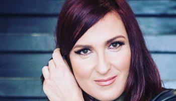 Ани Цолова провокира почитателите си, които я очакват отново в ефир (СНИМКИ)