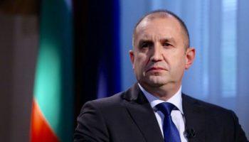 Радев: Израел превръща пустинята в градина, България - обратното