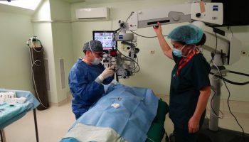 Пловдивска болница възстанови напълно зрението на пациент с 15 диоптъра късогледство