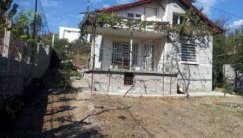 Цената на селска къща с две спални удари 70 000 евро